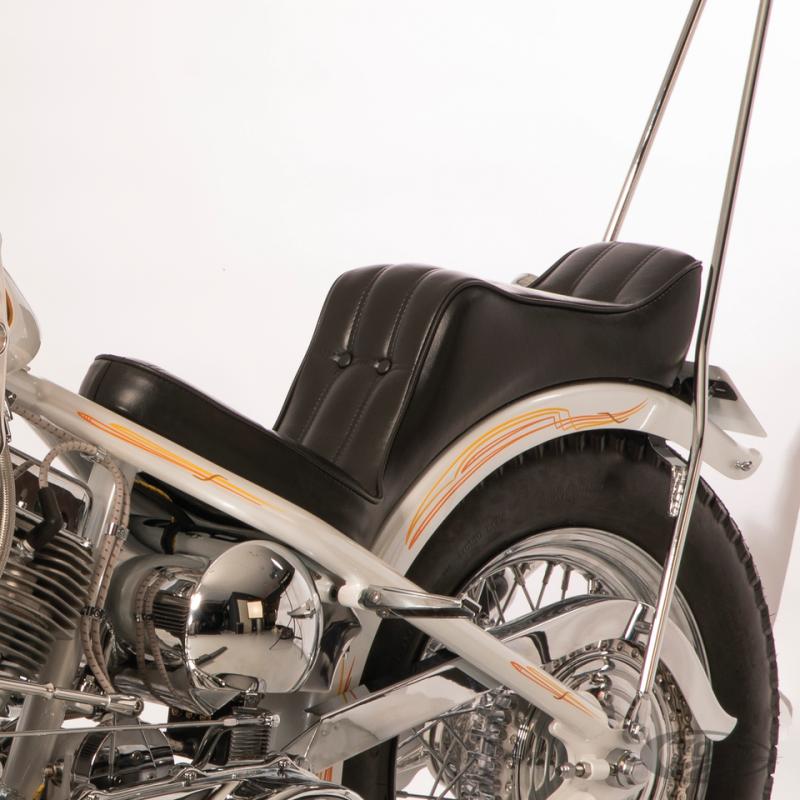 Selle Le Pera Baron II à boutons pour cadre rigide 232860 Catalogue Zodiac - Pièces et accessoires pour Harley-Davidson